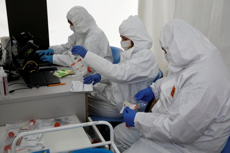 Lenkija yra viena skaudžiausiai koronaviruso paveiktų<br>Reuters/Scanpix nuotr.