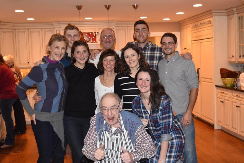 Turnerių šeima, kol das buvo gyvas senelis<br>iš asmeninio archyvo nuotr.