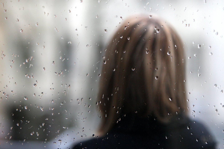 Pasak vaistininkės, verkimas turi raminantį poveikį – jis mažina stresą, padeda atsipalaiduoti.<br>R.Jurgaičio nuotr.