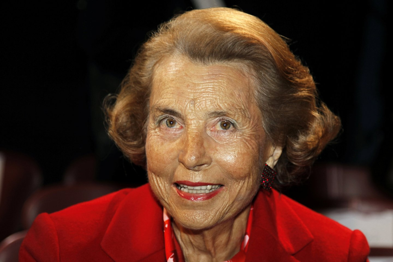 """Viena turtingiausių pasauliomoterų - bendrovės """"L'Oreal"""" įkūrėjo dukra Liliane Bettencourt.<br>Reuters/Scanpix nuotr."""