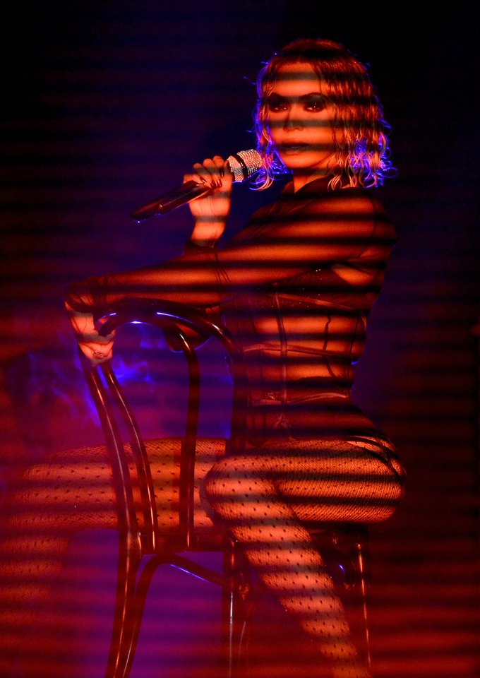 """Beyonce pasirodymas 2014-aisiais """"Grammy"""" apdovanojimų metu.<br>AFP/Scanpix nuotr."""