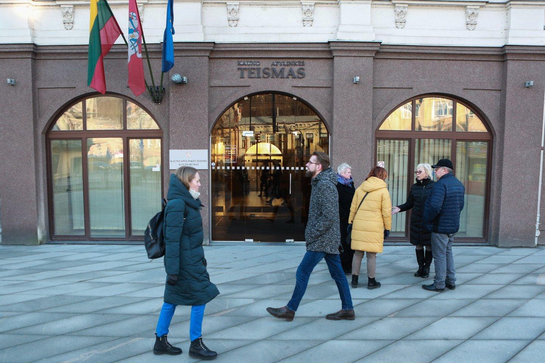 Kauno apylinkės teismo savanoriai papasakojo apie savo darbą, įspūdžius, norą padėti žmonėms.<br>G.Bitvinsko nuotr.