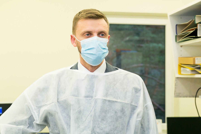 D.Bakša vadovauja ir laboratorijai, ir patarinėja Respublikinės Vilniaus psichiatrijos ligoninės direktoriui.<br>T.Bauro nuotr.