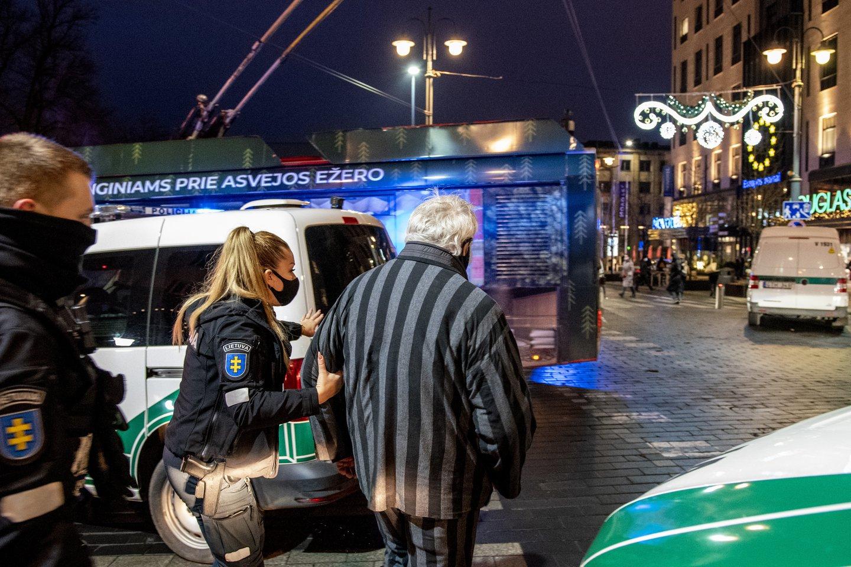Šeštadienio vakarą Vilniaus centre tvyrojo sumaištis.<br>V.Ščiavinsko nuotr.
