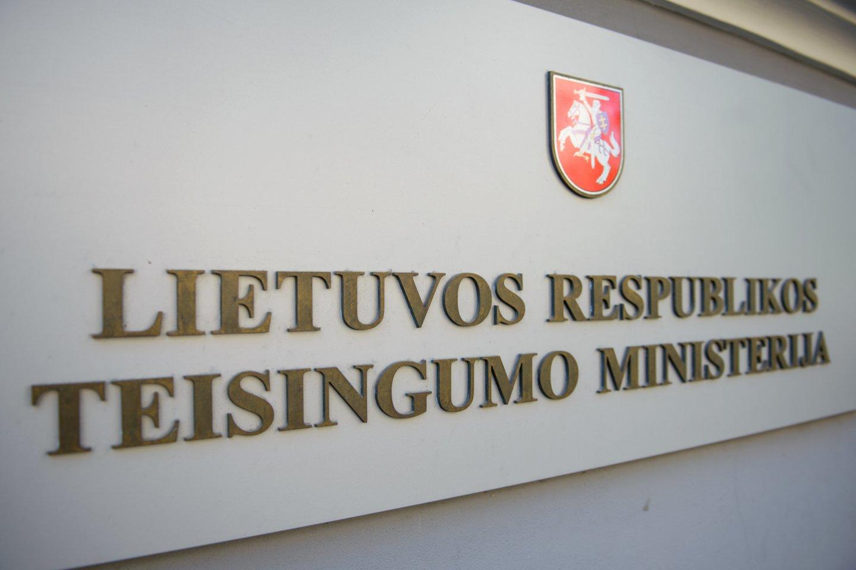 Teisingumo ministerijai skirta bauda.<br>J.Stacevičiaus nuotr.