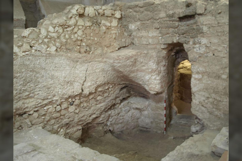 Archeologai mano, kad tai pirmojo amžiaus pradžios namas kuris buvo garbinamas kaip namas, kuriame užaugo Jėzus.<br>K. Darko nuotr.
