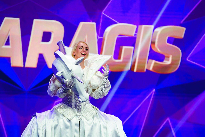 """R.Ščiogolevaitė projekte """"Kaukės"""" dalyvavo apsirengusi Vienaragio kostiumu ir liko neatpažinta iki paskutinės laidos.<br>Organizatorių nuotr."""