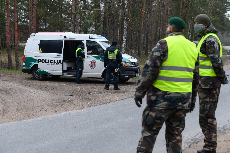 Ant naujosios Vyriausybės stalo – Lietuvoje dar nematytas kovos su koronaviruso pandemija planas.<br>V.Skaraičio nuotr.