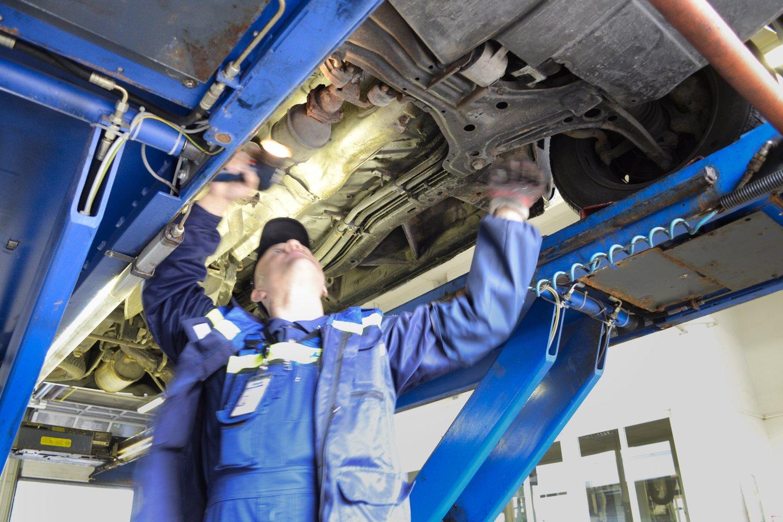 Transporto priemonių techninė apžiūra.<br>J.Stacevičiaus nuotr.