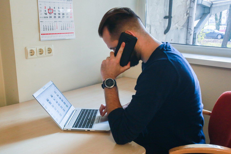 Kokie yra darbo namuose pranašumai?