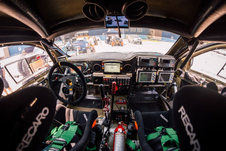 Sportiniai automobiliai dažniausiai gaminami pagal standartinius modelius, matomus bendrojo naudojimo keliuose, tačiau net neįgudusi akis tarp jų rastų nemažai išorinių skirtumų.<br>R.Šeškaičio nuotr.