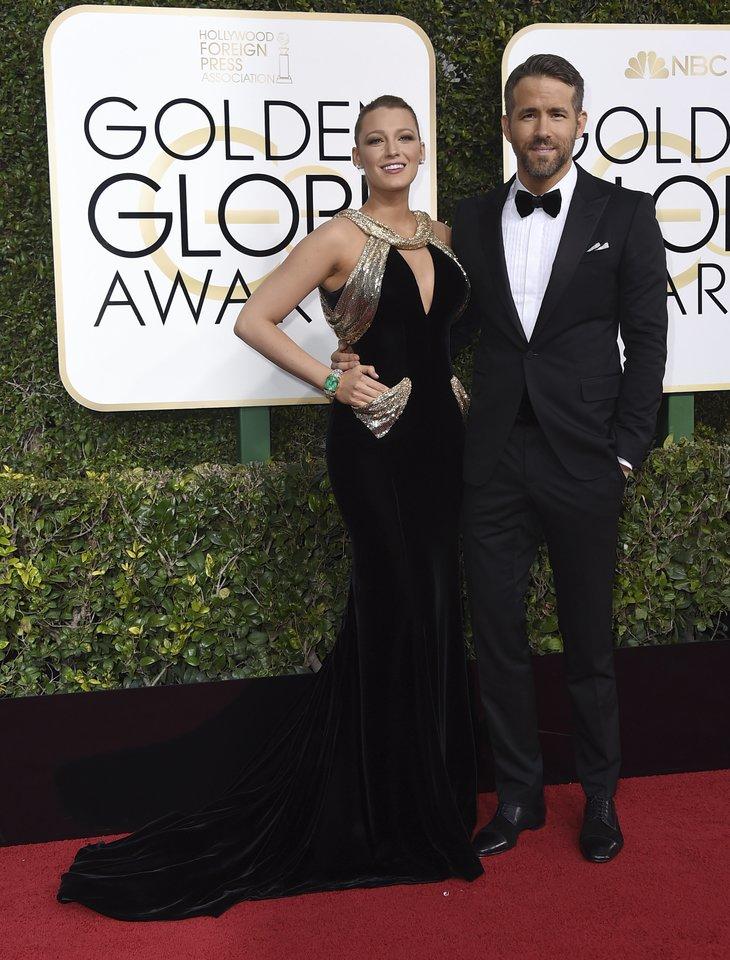 Aktoriai Blake Lively ir Ryanas Reynoldsas pavasarį Niujorko ligoninėms paaukojo 400 tūkst. JAV dolerių.<br>Scanpix nuotr.