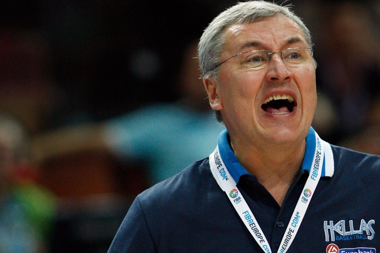 """""""Eurobasket 2009"""" Lenkijoje. J.Kazlauskas treniruoja Graikijos rinktinę.<br>M.Kulbio nuotr."""