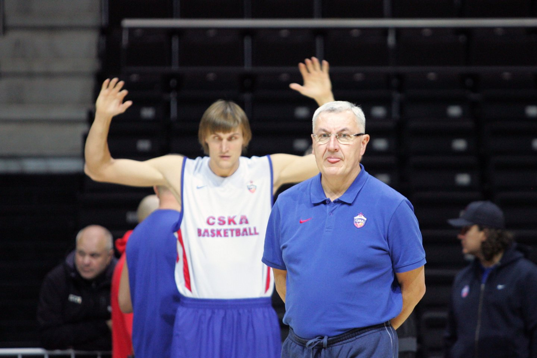 2011-ieji. J.Kazlauskas Kaune su Maskvos CSKA klubu.<br>P.Mantauto nuotr.