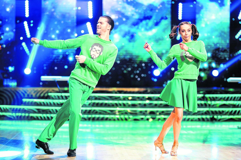 """K.Radžiukynaitė-KaYra ir J.Girdvainis tapo šou """"Šok su žvaigžde"""" nugalėtojais.<br>D.Umbraso (LRT) nuotr."""