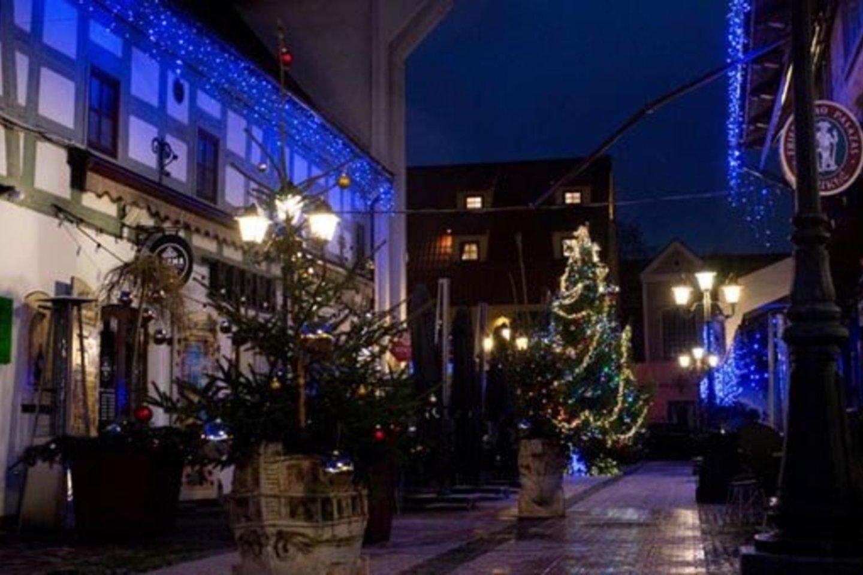 Šiais metais įmonių kalėdiniai vakarėliai iš miesto kavinių ir salių persikėlė į virtualią erdvę arba visai nevyko.<br>Vitos Jurevičienės nuotr.