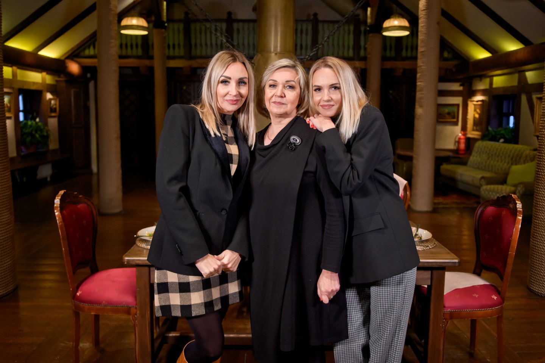 Gerda Žemaitė su mama Aldona ir seserimi Kristina.<br>tomasfoto.lt nuotr.