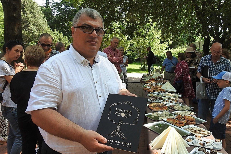 F.Puzemskis - žydų kultūros paveldo sergėtojas.<br>G.Pilaičio nuotr.