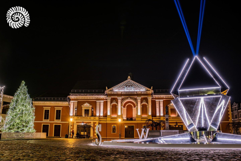 """2021-ųjų išvakarėse Klaipėdoje užges visi papuošimai, Kalėdų eglė ir """"Šiaurinė žvaigždė"""": ribos žmonių patekimą į centrą.<br>A.Pelakausko nuotr."""