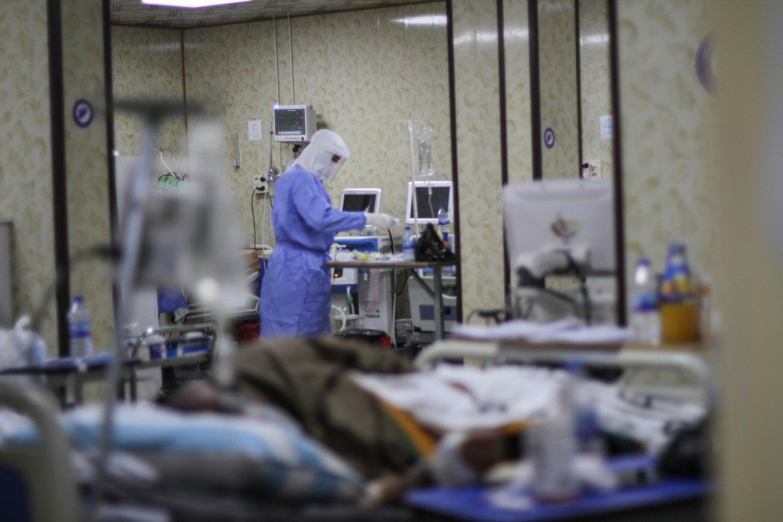 Norima supaprastinti įsidarbinimą Lenkijoje tokiems medicinos specialistams iš ES nepriklausančių valstybių kaip slaugytojai, akušeriai, diagnostikai ir paramedikai, gydytojai.<br>Zumapress/Scanpix nuotr.