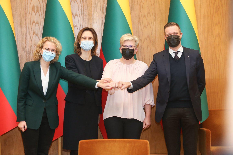 Spalio 25 dieną konservatoriai laimėjo Seimo rinkimus ir pradėjo derybas dėl valdančiosios koalicijos Liberalų sąjūdžiu ir Laisvės partija.<br>R.Danisevičiaus nuotr.