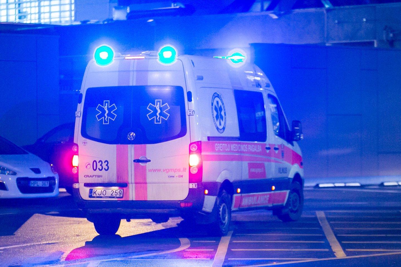 Vėžio ar gresiančio infarkto neįmanoma diagnozuoti nuotoliniu būdu, nors daugelis paslaugų pandemijos metu yra teikiamos telefonu.<br>D.Umbraso asociatyvioji nuotr.