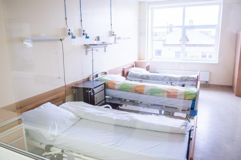 Vėžio ar gresiančio infarkto neįmanoma diagnozuoti nuotoliniu būdu, nors daugelis paslaugų pandemijos metu yra teikiamos telefonu.<br>R.Ančerevičiaus/jp.lt