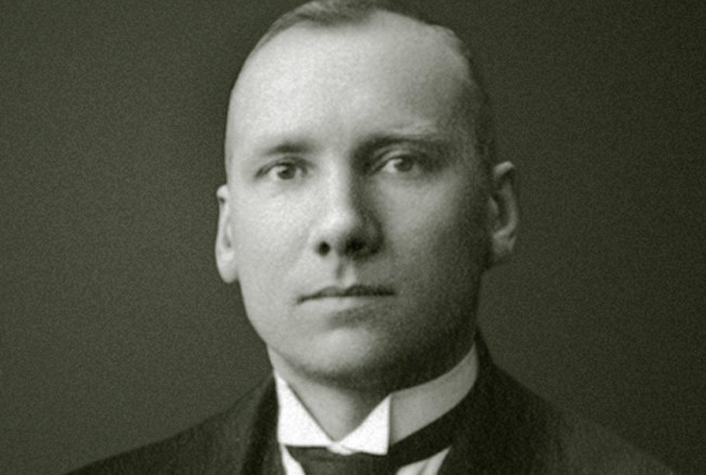 Mykolas Sleževičius.