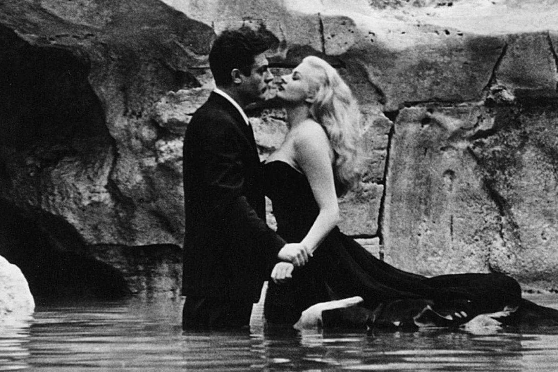 """2015 m. mirė švedų aktorė Anita Ekberg (83 m.), sukūrusi pagrindinį moters vaidmenį kultiniame Federico Fellini filme """"Saldus gyvenimas"""".<br>Stopkadras"""