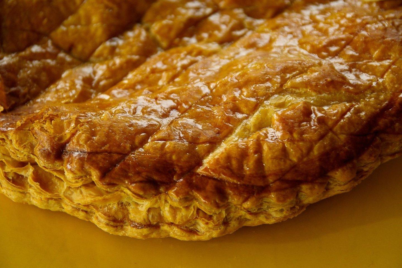 Tradicinis prancūziškas Karalių pyragasLa Galette des Rois.