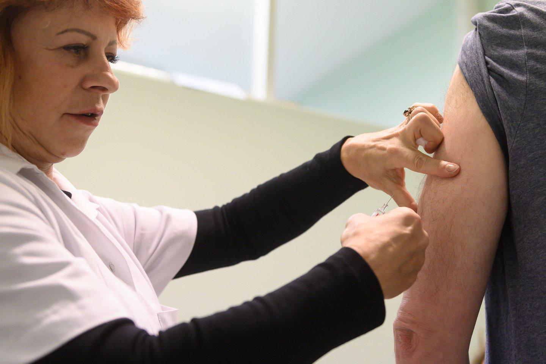 Specialistai vieningai tvirtina, kad skiepytis nuo gripo dar nevėlu, tačiau patarė nedelsti.<br>V.Skaraičio nuotr.