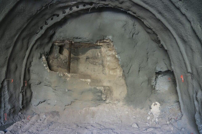 Po 1920 m. statybos Visų Tautų katalikų bažnyčia atliekant tunelio tiesimo darbus, aptiktaAntrosios šventyklos eros ritualinė pirtis.<br>IAA nuotr.
