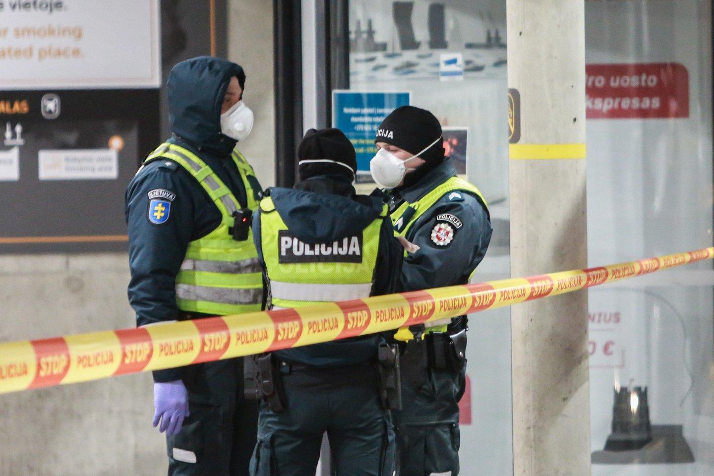 Kauno oro uoste įsijungė signalizacija, suvažiavo pareigūnai.<br>G.Bitvinsko asociatyvi nuotr.