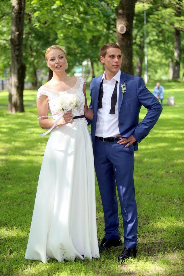 Mios ir Nerijaus Antanavičiaus vestuvių akimirka.<br>R.Danisevičiaus nuotr.