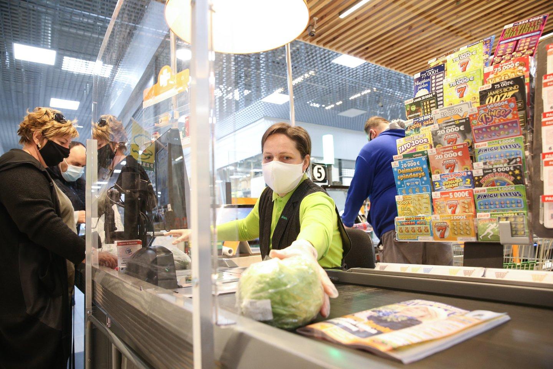 FAO pasaulio maisto kainų indeksas rodo penkių maisto produktų grupių: grūdų, mėsos, pieno produktų, augalinių aliejų ir cukraus kainų pokyčius tarptautinėse rinkose.<br>R.Danisevičiaus nuotr.
