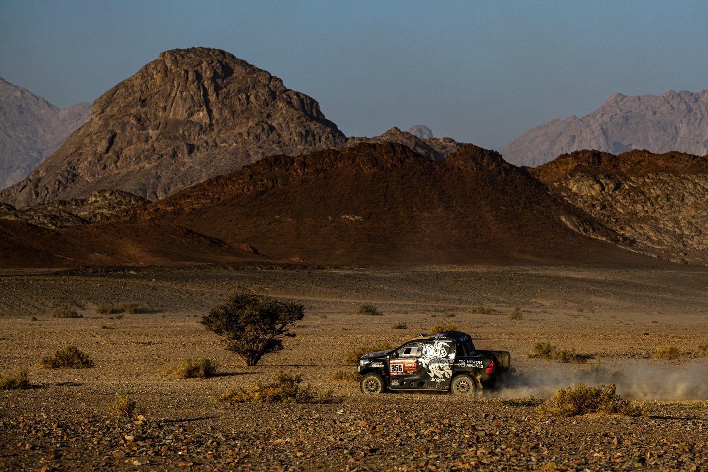 """Dakare Lietuvai atstovaujantis lenktynininkas Benediktas Vanagas užėmė 8-ąją vietą.<br>""""MMPHOTO"""" nuotr."""