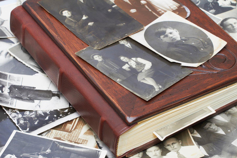 Paspaudus šalčiui, žymiai daugiau laiko leidžiame namuose – o tai puikus metas padaryti ilgai atidėliotus darbus, pavyzdžiui, skaitmenizuoti senas šeimos nuotraukas ar vaizdo įrašus.<br>123rf nuotr.