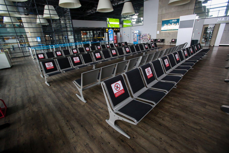 Oro uostas pasiruošęs bet kada priimti keleivinius orlaivius.<br>G.Bitvinsko nuotr.