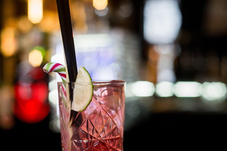 Psichiatras pastebėjo, kad pandemijos metu išaugo alkoholio vartojimas.<br>J.Stacevičiaus nuotr.