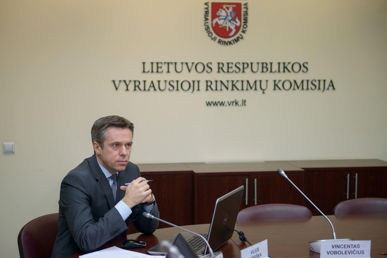 """V.Semeška: """"Man sunku pasakyti, ar įgijau vidurinį išsilavinimą, bet aš turiu aukštesnįjį ir tuo džiaugiuosi.""""<br>J.Stacevičiaus nuotr."""