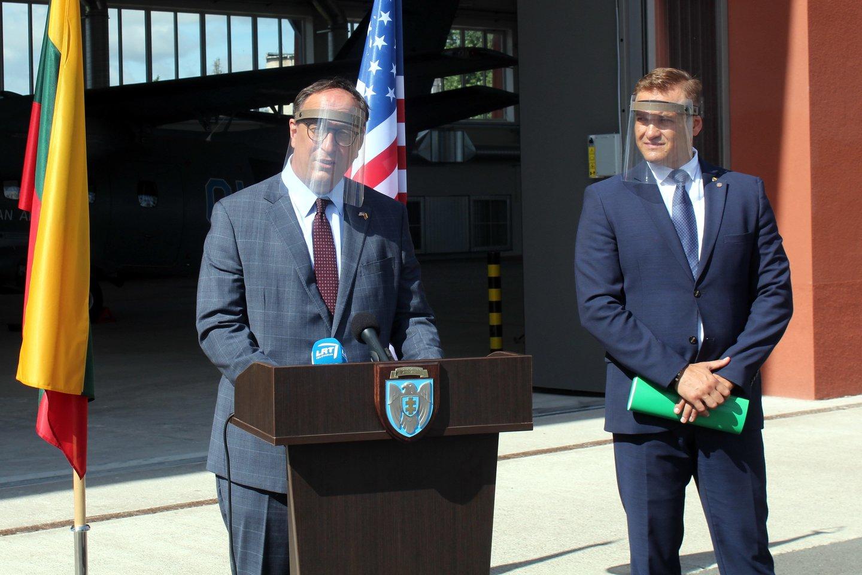 JAV ambasadorius Lietuvoje R.S.Gilchristas vasarą.<br>R.Vitkaus nuotr.
