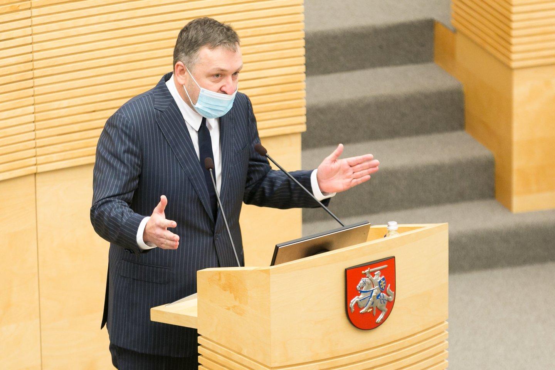 A.Guoga jau pateikęs prašymą panaikinti Seimo nario mandatą.<br>T.Bauro nuotr.