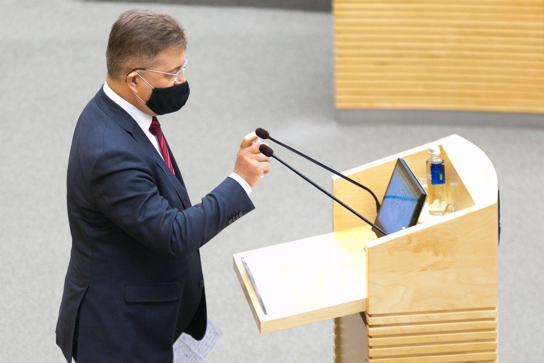 Seimo milijonierius V.Valkiūnas parlamentinei veiklai skiriamų lėšų irgi netaupė. Jis praėjusių metų pabaigoje jau spėjo išleisti 1,8 tūkst. eurų.<br>T.Bauro nuotr.