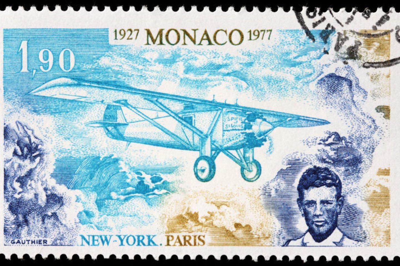 1902 m. gimė JAV lakūnas Charlesas Augustus Lindberghas. Pirmasis 1927 m. vienviečiu monoplanu per 33 val. 30 min. iš Niujorko į Paryžių perskrido Atlanto vandenyną, įveikdamas 5793 km. Mirė 1974 m.
