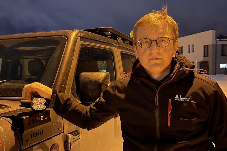 T.Karlono visureigis praverčia, kai reikia ištraukti pusnyje įstrigusį automobilį.<br>Nuotr. iš asmeninio archyvo