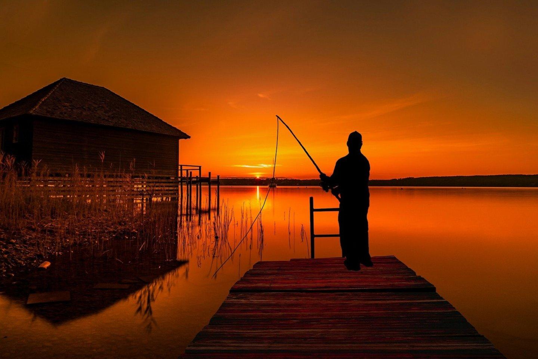 Laimos gyvenimą pakeitė lemtinga pažintis prie ežero.<br>Pixabay.com