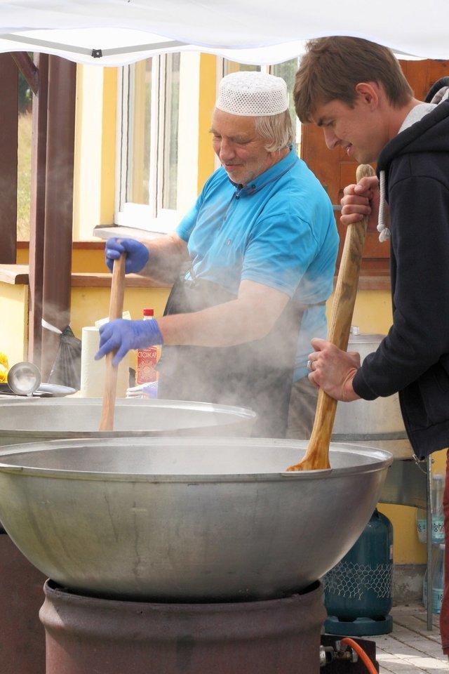 Lietuvos totorių gastronominė tradicija įtraukta į Nematerialaus kultūros paveldo vertybių sąvadą.<br>Nematerialaus kultūros paveldo vertybių sąvado nuotr.