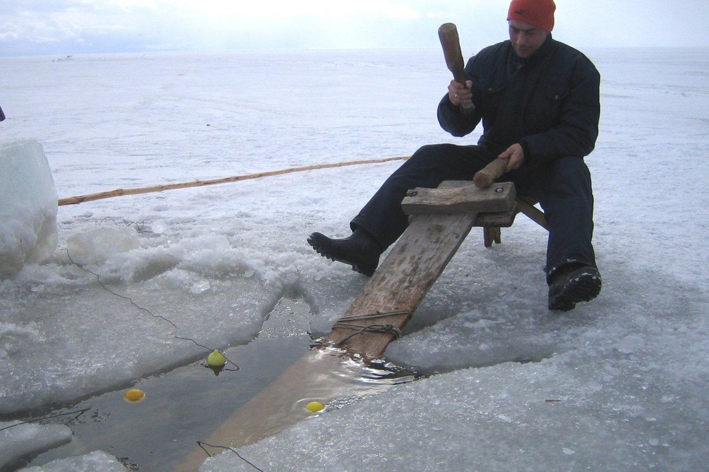 Poledinė bumbinamoji žvejyba įtraukta į Nematerialaus kultūros paveldo vertybių sąvadą.<br>Nematerialaus kultūros paveldo vertybių sąvado nuotr.