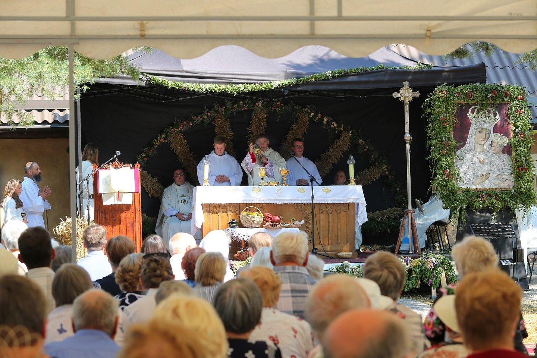 Žolinės atlaidų šventimo tradicija Krekenavoje į Nematerialaus kultūros paveldo vertybių sąvadą.<br>Krekenavos Švč.Mergelės Marijos Ėmimo į dangų bazilikos nuotr.
