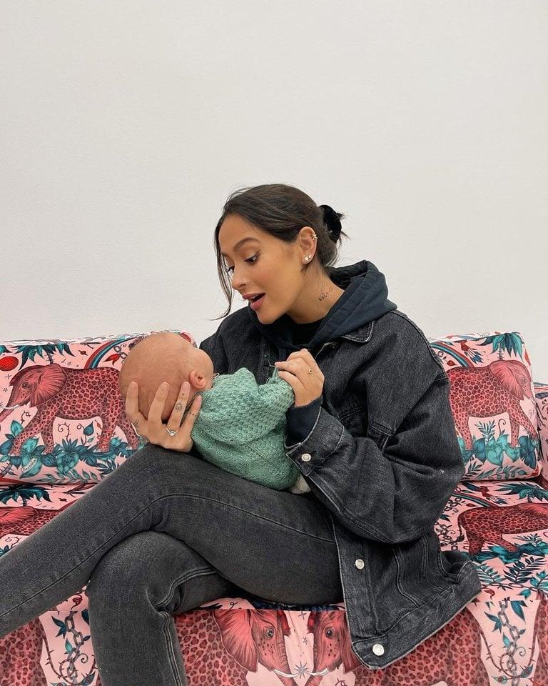 Karolina Meschino su Isabelle.<br>Socialinio tinklo nuotr.